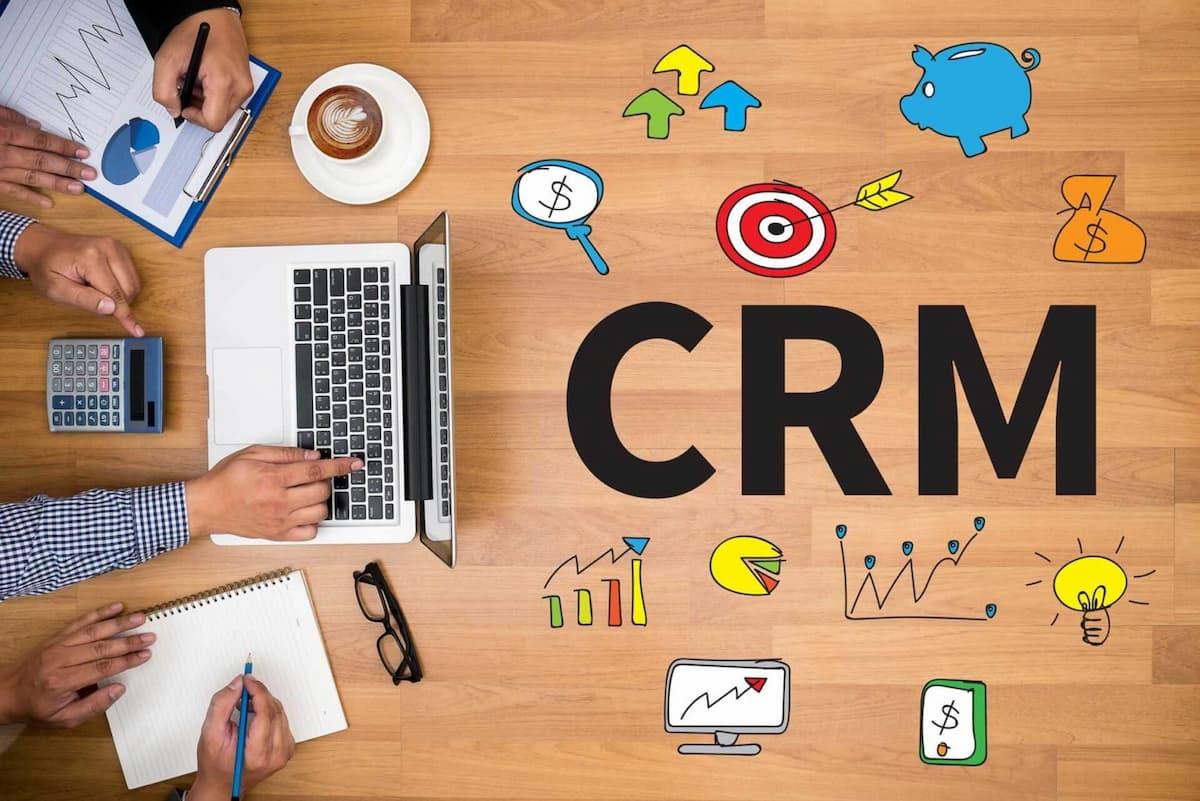 Qual o melhor momento para investir em um CRM?
