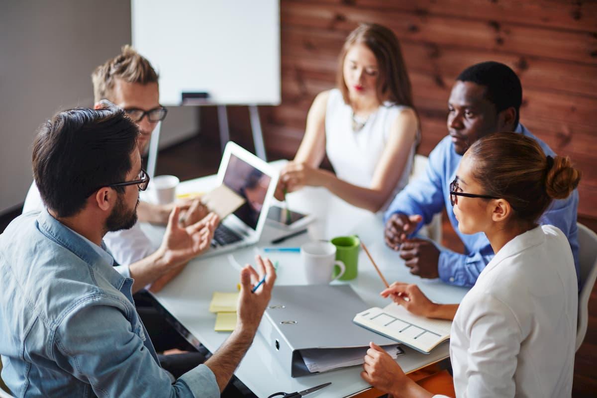 Reunião de vendas: como desenvolver uma reunião perfeita?