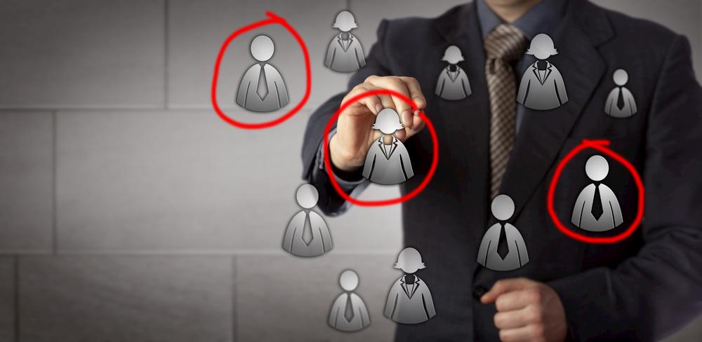Vendedor traçando seu perfil de consumidor, buyer-persona e publico-alvo