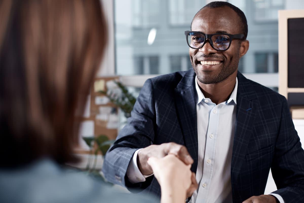 A maneira certa de criar um relacionamento com seus clientes